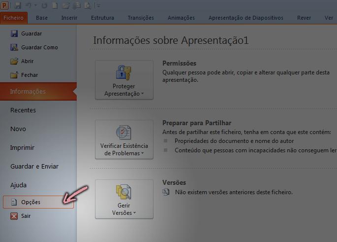 No separador Ficheiro do Friso no PowerPoint 2010, clique em Opções