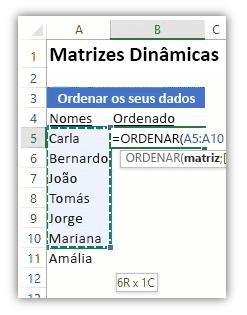 Captura de ecrã de uma folha de cálculo do Excel a mostrar uma lista de dados e uma fórmula a utilizar a função ORDENAR para ordenar a lista.