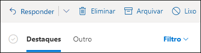 Uma imagem mostra os separadores Focused e Other no topo de uma caixa de correio Outlook.com.