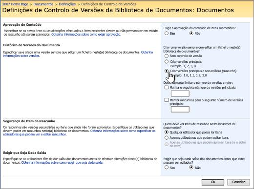 Definições de controlo de versões para ativar o controlo de versões, aprovação e que exige o dar entrada