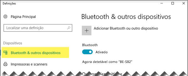 Certifique-se de que a opção Bluetooth & outros dispositivos está selecionada no lado esquerdo