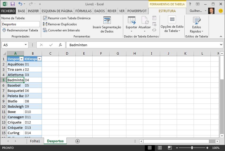 Atribuir um nome a uma tabela no Excel