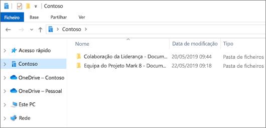 Captura de ecrã a mostrar a sincronização de pastas para o OneDrive e sites.