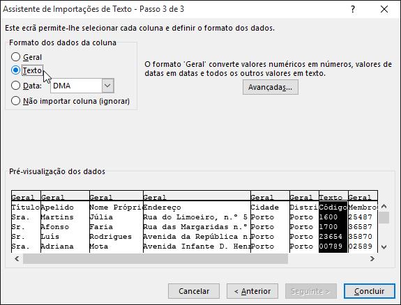 A opção Texto da Formatação de dados da Coluna está realçada no Assistente de Importação de Texto.
