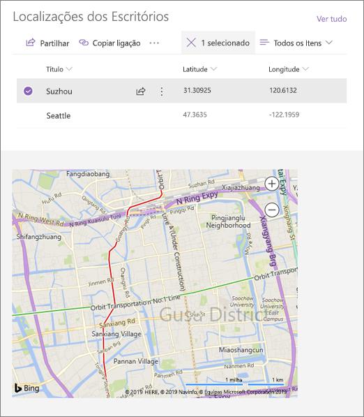 Exemplo de uma peça Web incorporada ligada que mostra uma localização a partir de uma lista