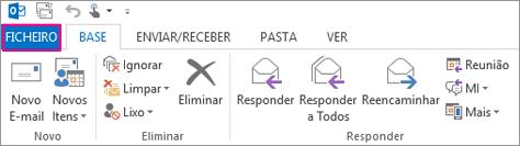 Este é o aspeto do friso do Outlook para ambiente de trabalho.