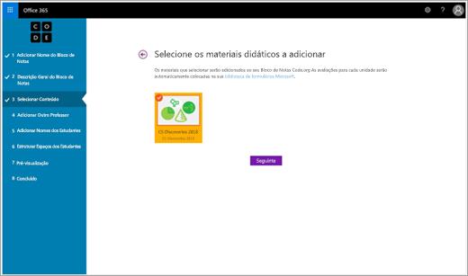 Passo do assistente de configuração para adicionar material didático a um Bloco de Notas Escolares Code.org