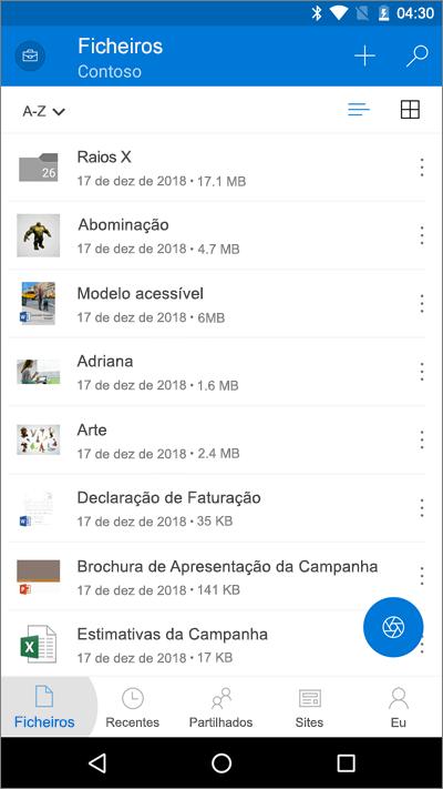 Captura de ecrã da aplicação OneDrive para dispositivos móveis com o botão Ficheiros realçado