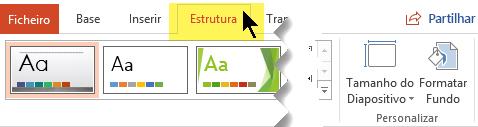 Selecione o separador Estrutura no friso da barra de ferramentas. O botão do menu Tamanho do Diapositivo do lado direito permite-lhe controlar a orientação do diapositivo.
