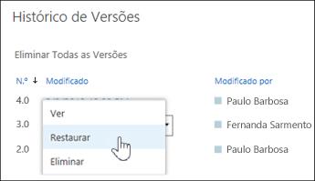 """Selecione """"Restaurar"""" no menu pendente para uma versão do documento selecionada"""