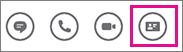 Barra de Ações rápidas com o cartão de contacto selecionado