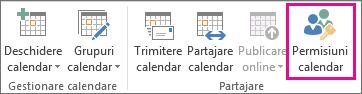 Butonul de permisiuni calendar din fila Pornire din Outlook 2013
