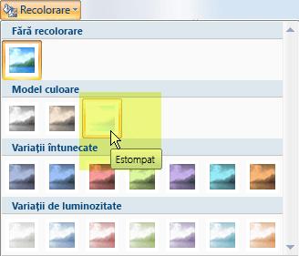 Selectați butonul Recolorare, apoi, sub Moduri de culoare, selectați opțiunea Estompat