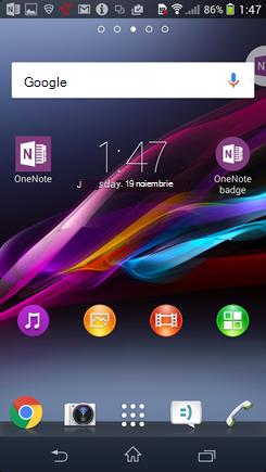 Captură de ecran cu pagina de pornire Android cu insigna OneNote.