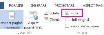 Captură de ecran a filei Vizualizare în Word 2013, cu opțiunea Riglă selectată și evidențiată.
