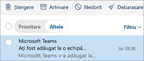 Arhivarea mesajelor în Outlook pe web