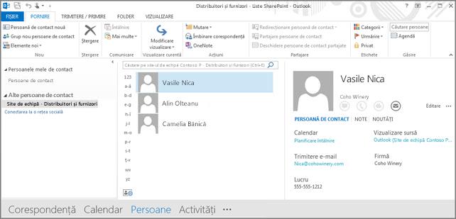 Captură de ecran a persoanelor de contact din site-ul de echipă atunci când apar în Outlook