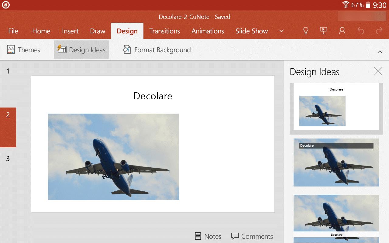Atunci când selectați o idee de proiectare, aceasta apare imediat la dimensiune completă pe diapozitiv