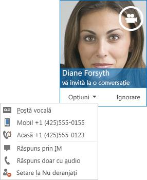 Captură de ecran a avertizării de apel video cu imaginea persoanei de contact în colțul de sus