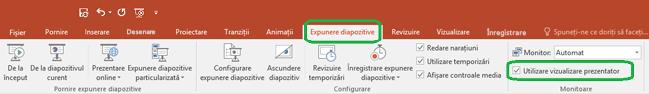 Opțiunea vizualizare prezentator este controlată prin o casetă de selectare, pe fila expunere diapozitive din panglică în PowerPoint.