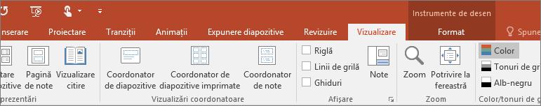 Afișează fila Vizualizare pe panglica din PowerPoint