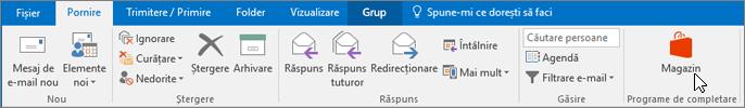 Captura de ecran afișează fila Pornire din Outlook cu cursorul indicând spre pictograma Magazin din grupul de Programe de completare.