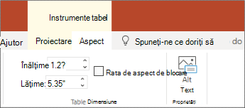 Butonul text alternativ de pe panglică pentru un tabel din PowerPoint online.