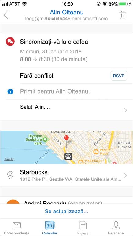 Captura de ecran arată ecranul dispozitivului mobil și un element de invitație din calendar.