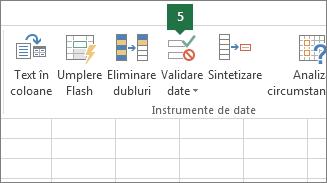 Validați lista verticală, făcând clic pe Date > Validare date în Excel