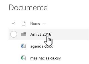 Bibliotecă de documente SharePoint Online cu folderul evidențiată