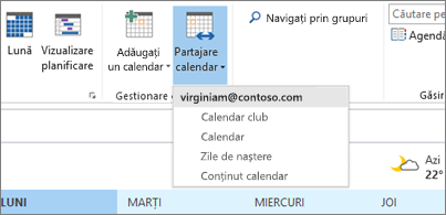 Lista verticală de calendare care pot fi partajate