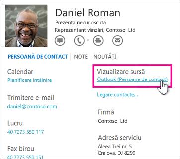 Linkul Vizualizare sursă din Outlook într-o carte de vizită