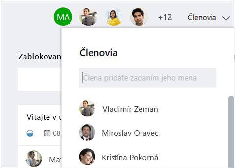 Screen capture: Zobrazuje sa, že pri písaní meno hosťa, Plánovač identifikuje hodnotenie.