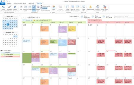 Príklad kalendárov v režime vedľa seba a v režime prekrytia