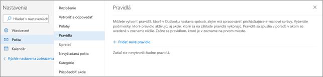 Snímka obrazovky zobrazuje stránku pravidiel v nastaveniach e-mailov pre Outlook.com.