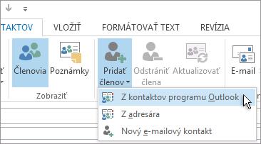 Pridanie nových členov z kontaktov programu Outlook
