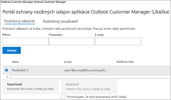 Snímka obrazovky: Exportovanie údajov zákazníka v Outlooku Customer Manager