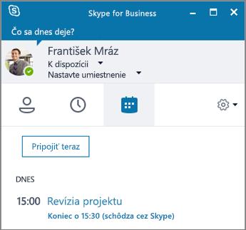 Snímka obrazovky skartou Schôdze vokne Skypu for Business.