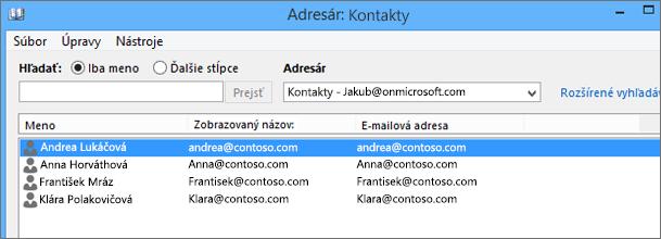 Kontakty sa po importovaní zo služby Google Gmail do služieb Office 365 zobrazia v okne Adresár: Kontakty