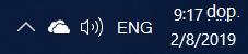 Snímka obrazovky s ikonou bielej oblaku OneDrivu v oblasti oznámení Windowsu