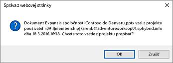 snímka obrazovky supozornením na vrátenie súboru iného používateľa do projektu