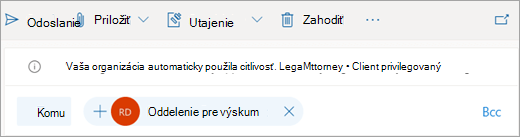 Snímka obrazovky s tipom o automaticky aplikovanom označení citlivosti