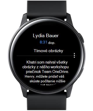 Zobrazuje hodinky Samsung Galaxy s e-mailom na obrazovke.