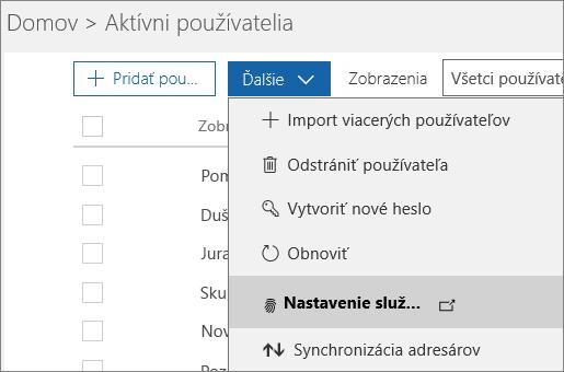 Ponuka Ďalšie na stránke Aktívni používatelia s vybratou položkou Nastavenie viacfaktorového overovania Azure.