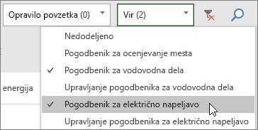 Posnetek zaslona spustnega menija za filtriranje virov na tabli za opravila z dvema viroma izbranima.