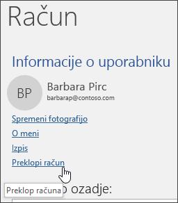 Posnetek zaslona, ki prikazuje, kako preklopite med računi v oknu »Podatki o računu«