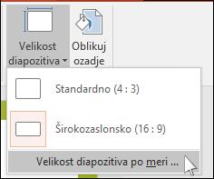 prikaže pogovorno okno v PowerPointu, kjer izberete velikost diapozitiva po meri