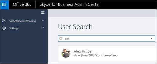 Posnetek zaslona uporabnik iskalno polje klic analitike v Skypu za podjetja skrbniško središče.