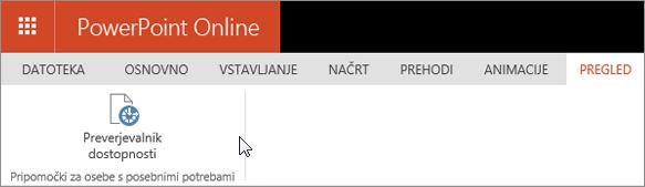 Na posnetku zaslona je prikazan zavihek »Pregled« s kazalcem, ki kaže na možnost »Preverjevalnik dostopnosti«.