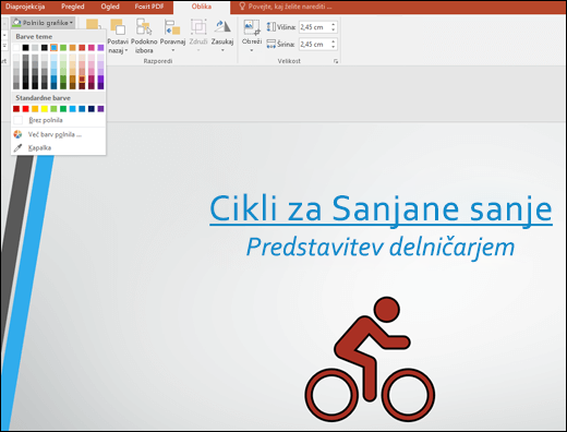 Z orodjem za polnilo grafike spremenite barvo slike SVG